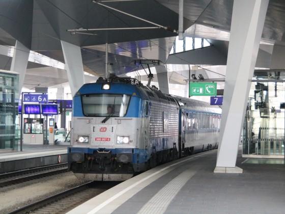 ČD BR 380 in Wien HB