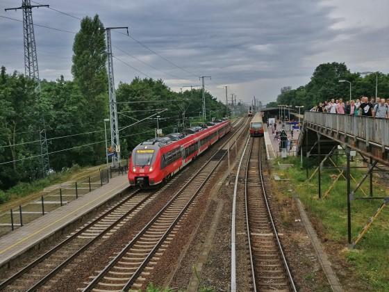 Bahnhof Berlin Karlshorst am morgen