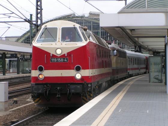 Baureihe 119 in Ostbahnhof