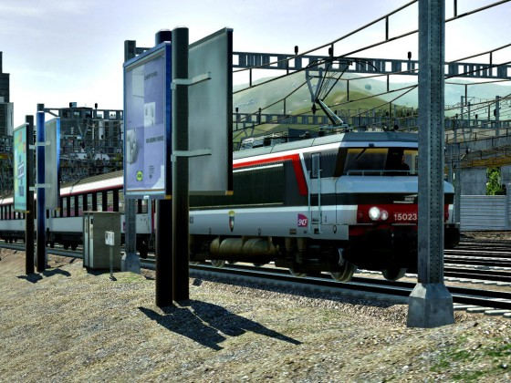 French BB 15023 with Corail carmillon left the train station