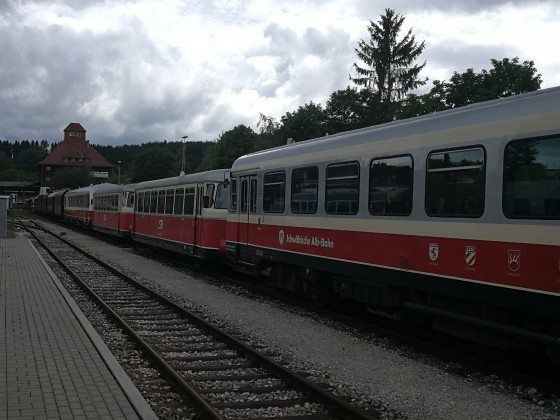 SAB-Fahrzeuge abgestellt im Betriebshof Münsingen