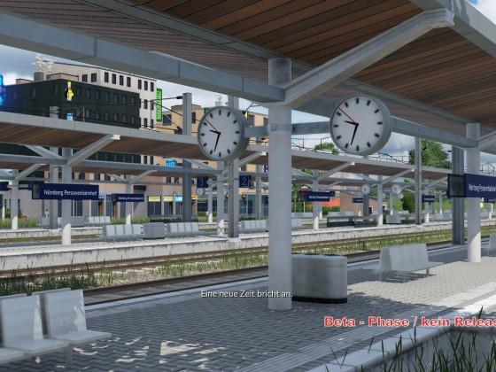 Bahnhof mit Bahnhofsnamen und Bahnhofsuhr (Echtzeit)
