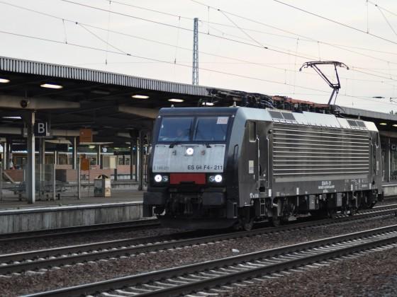 MRCE ES 64 F4-211 (189 211-6)