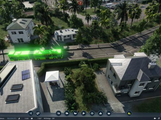 Bus oder UFO? man weiß es nicht.. aber die Leute kommen sicher nach Hause.. ohne Experimente!