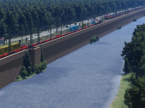 Bahndamm am Fluss