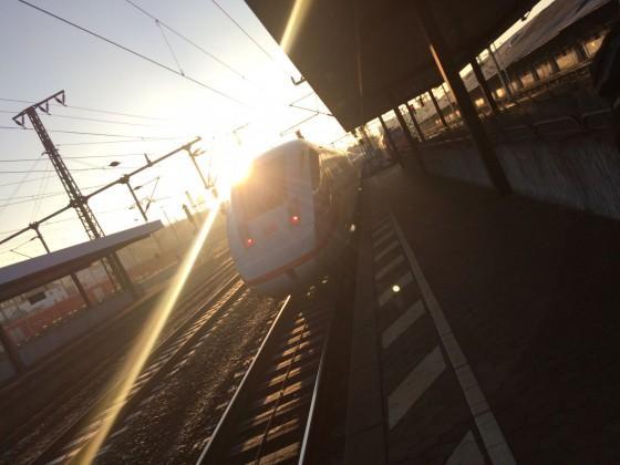 ICE 4 in Fulda, gegen die Sonne fotografiert