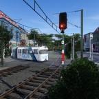 Perspektive direkt aufs Überlandgleis/BÜ / Overland tram crossing