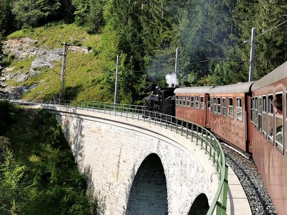 Mh.6 über dem Saugraben (Mariazellerbahn)