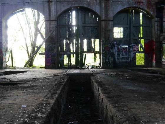 Stillgelegter Ringlokschuppen in Leipzig