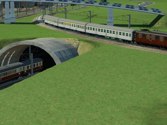 Einfahrt IC in den neuen U-Bahnhof Flughafen