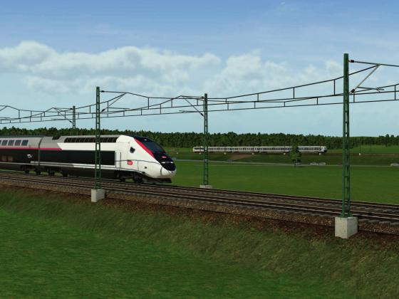LGV avec la ligne 160km/h en arrière plan