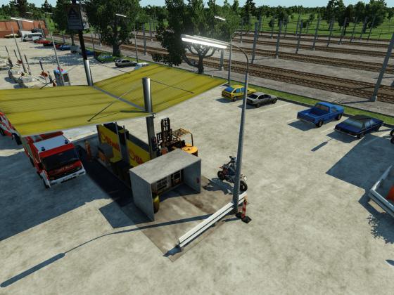 Parkplatz und Tankstelle inkl. Taxistand