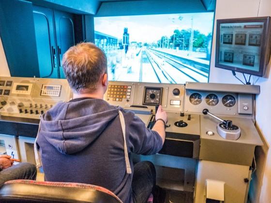 Stepke beim S-Bahn-Fahren (Baureihe 485)