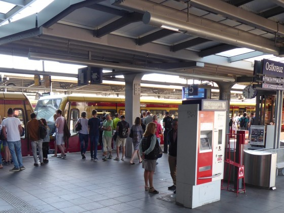 Berlin Ostkreuz S-Bahnsteig D 1