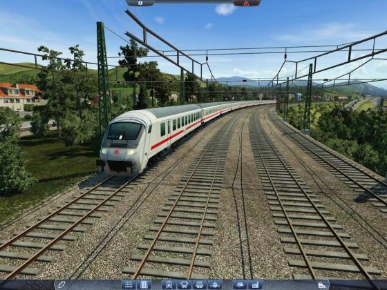 Intercity bei der Orts-Ausfahrt