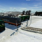 BR 151 im verschneiten Industriegebiet