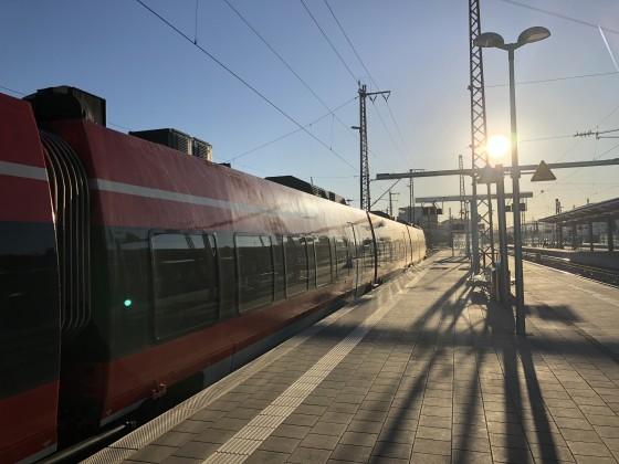 Licht und Schatten in Würzburg Hbf