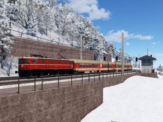 ÖBB 1043.008 mit Regionalzug Einfahrt Bhf. Wald am Hang